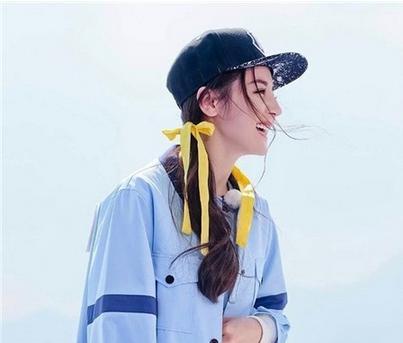 为啥女明星街拍都带棒球帽?因为遮阳又好看 包罗万象 第1张